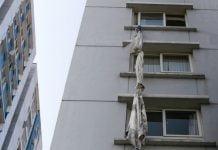Vụ cháy ở Carina Plaza đang ảnh hưởng mạnh tới tâm lý khách hàng mua chung chung cư. Ảnh: Như Quỳnh
