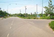 Nhà đất vướng nga ba đường có nên mua?