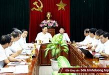 Phó chủ tịch UBND tỉnh Trần Văn Vĩnh và Phó chủ tịch UBND tỉnh Bình Dương Mai Hùng Dũng cùng chủ trì buổi làm việc (Ảnh: H.Hải)