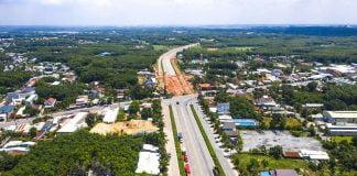 Đường Mỹ Phước Tân Vạn đoạn qua phường Tân Định (Bến Cát)